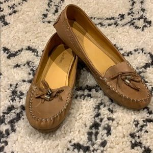 Shoes - Genuine leather moccasin style flats